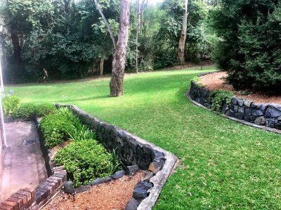 Castle Hill lawn mowing, hedging and garden care - Landscape Maintenance 2