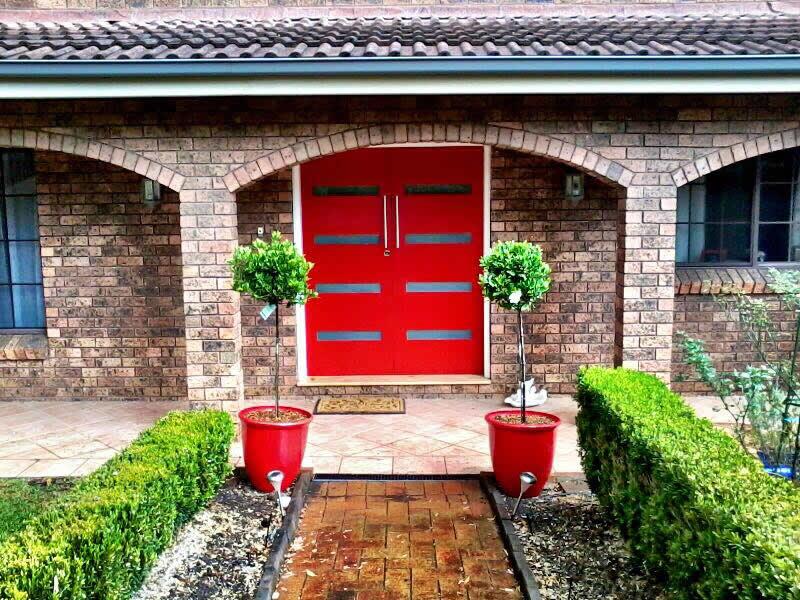 Oakville Acreage lawn mowing and plant care - Landscape Maintenance